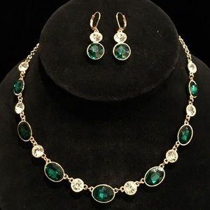 Emerald Diamond Necklace Set